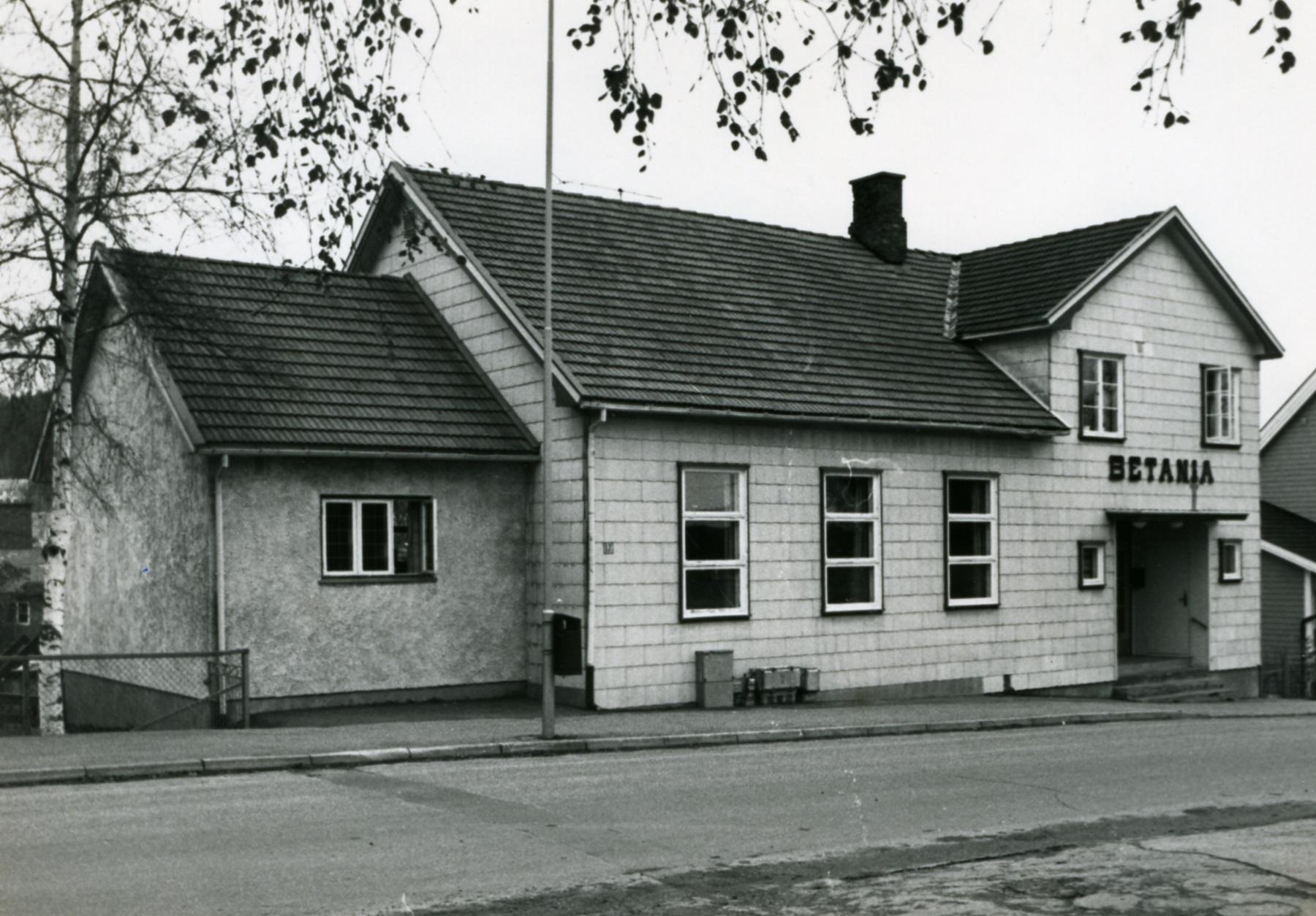 7d59ab61 Slik husker mange det tradisjonsrike bedehuset i Storgata i Mysen. Bildet  er fra 1970-tallet og utlånt av Eidsberg historielags billedarkiv.